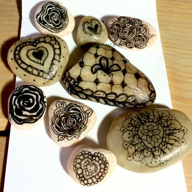 I have many more stones that I have tangled upon and then sealed. They vary in size, shape and color.